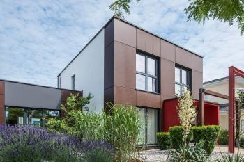 wolf haus bauen fertighaus und keller aus einer hand. Black Bedroom Furniture Sets. Home Design Ideas